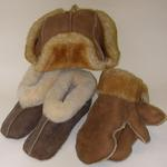 SHEEPSKIN SLIPPERS, HATS & MITTENS MADE IN AMERICA